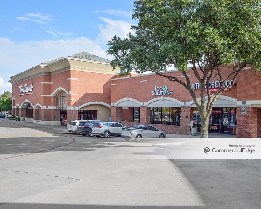 The Highlands Shopping Center