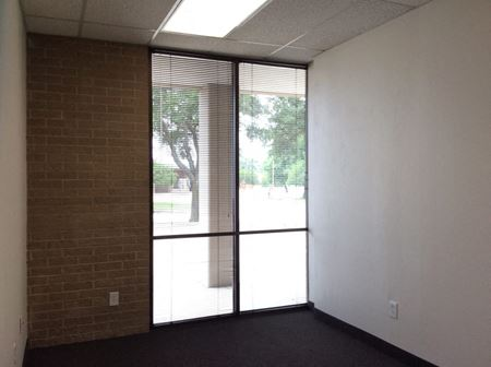 942 SF Office - 2 privates and reception Space Photo Gallery 1