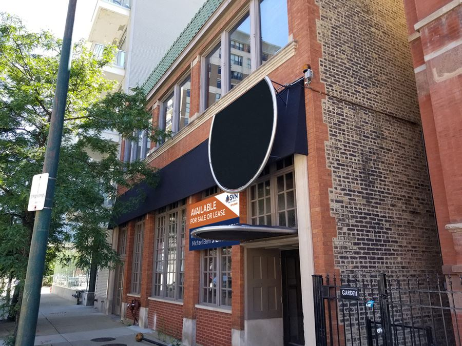 Highly Adaptable Building Or Re-Development Opportunity In River North