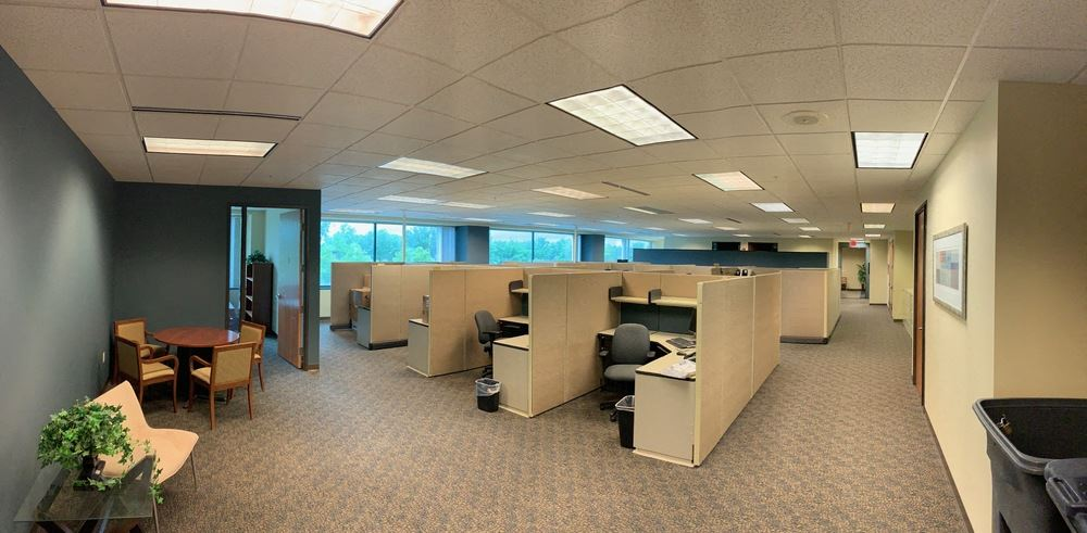 Plug & Play Sublease Available   Oakland Commons II