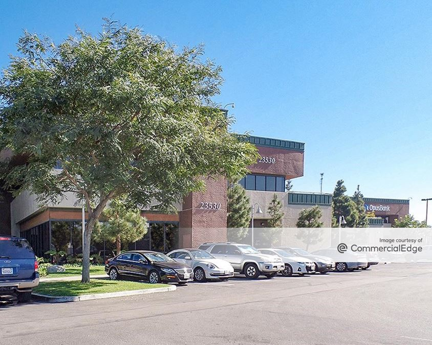 Skypark Medical & Office Center - Building 1