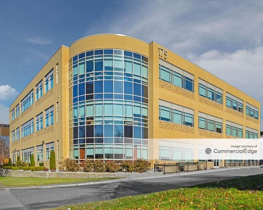 Mercy Medical Center - 175 Carew Street