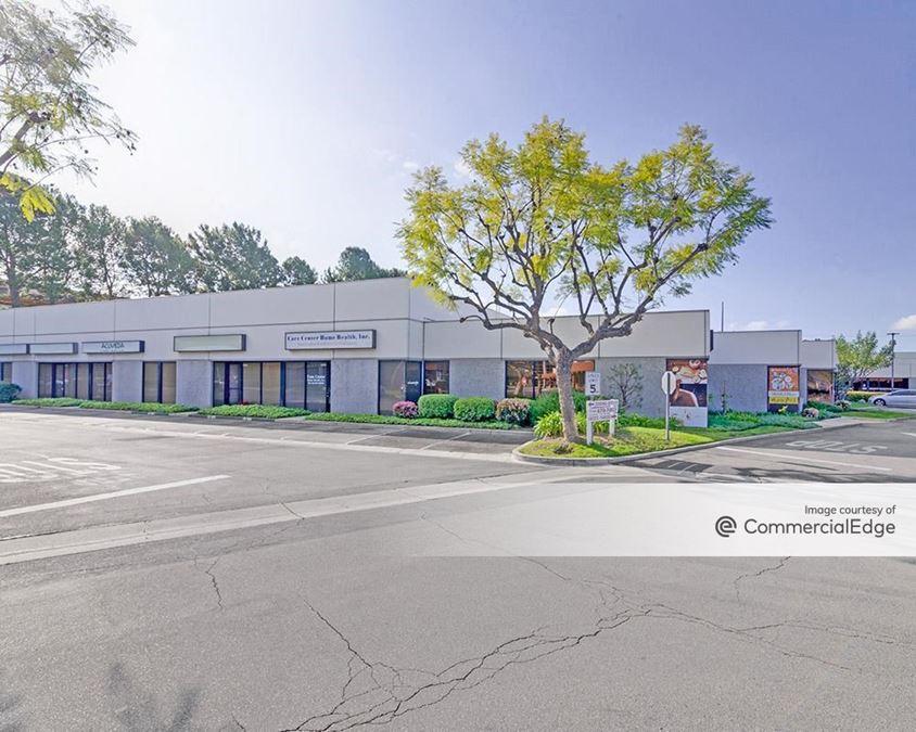 La Mirada Center - 14630 Beach Blvd