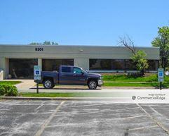 Darien Business Center - 8141-8187, 8201 & 8205 Cass Avenue - Darien
