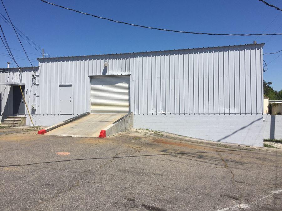 Office/Warehouse Building near Bobby Jones