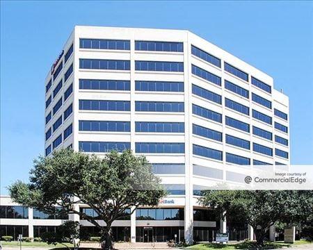 7500 San Felipe Street - Houston