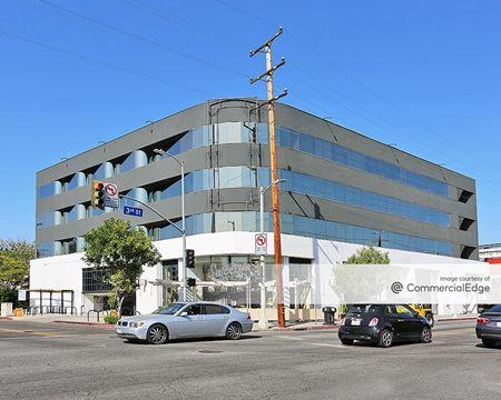 8075 West 3rd Street - Los Angeles