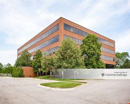 Lincolnshire Corporate Center - 300 Knightsbridge Pkwy - Lincolnshire
