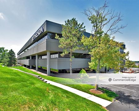 Corporate Hill II - St. Louis
