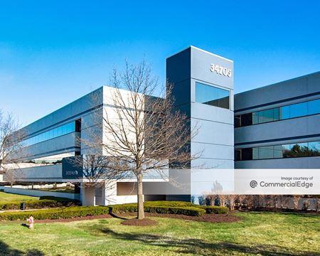 Arboretum Office Park - Building Four - Farmington Hills