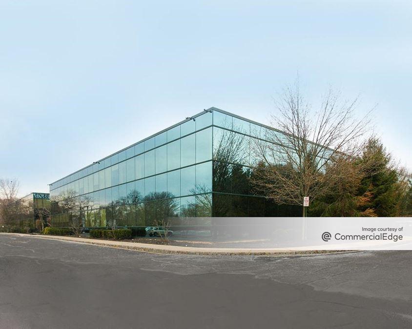 Manalapan Corporate Plaza