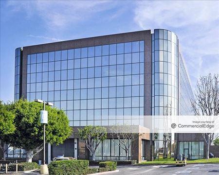 Del Amo Office Building - Torrance