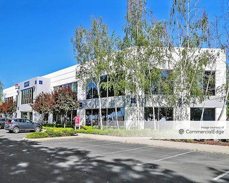 Highlands Eighty Commerce Center - North Highlands