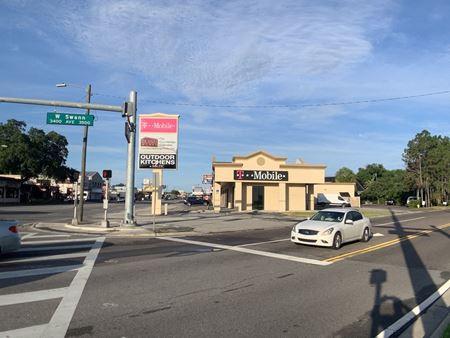 South Tampa Retail Corner End Cap - Tampa