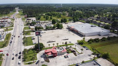 Former Shopping Center - Walker