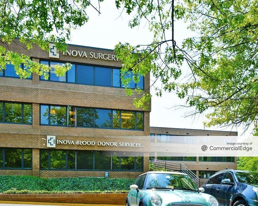 Woodburn Medical Park I & II