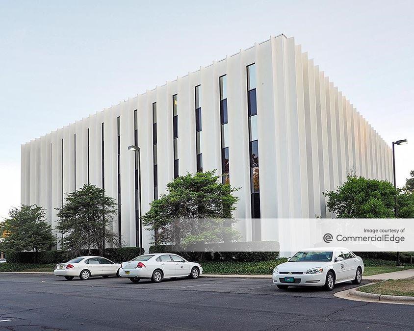 Charlotte East - 5700 & 5701 Buildings