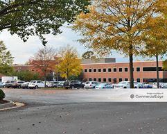 Innsbrook Corporate Center - 4900 Cox Road - Glen Allen