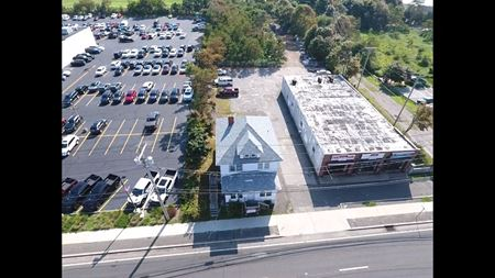 467 Medford Ave - Patchogue