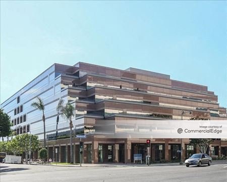 Wilshire Courtyard East - Los Angeles