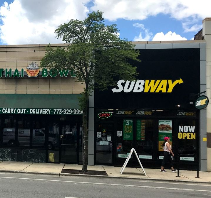 Fast Casual Restaurant Space for Lease in Lincoln Park
