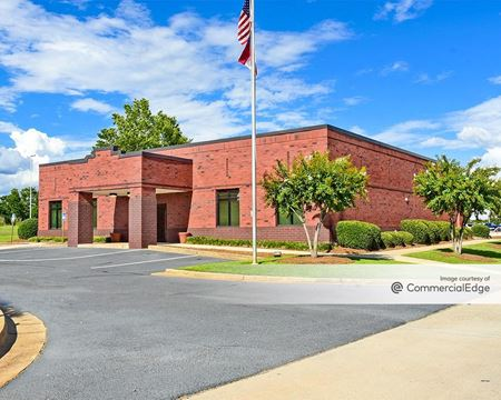 905 West Perry Pkwy - Perry