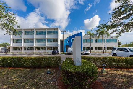 3521 Broward Blvd - Fort Lauderdale