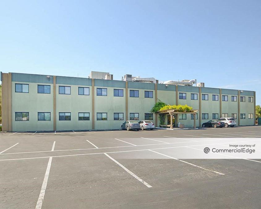 Elwell Court Office Complex