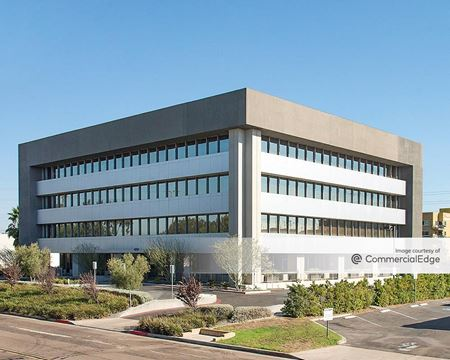 8787 Complex Drive - San Diego