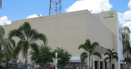Signature Building Downtown - Fort Myers
