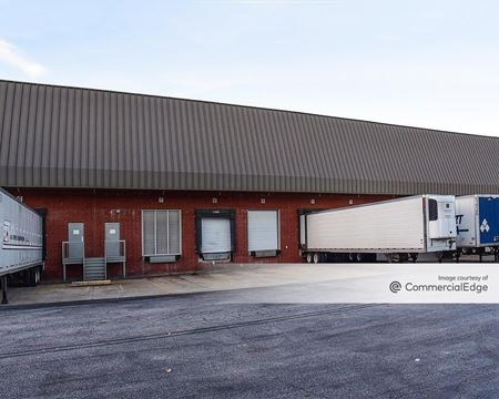 4795 Coates Drive - Fairburn
