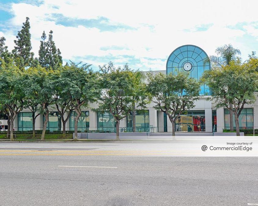 Douglas Center - 4400 East Carson Street