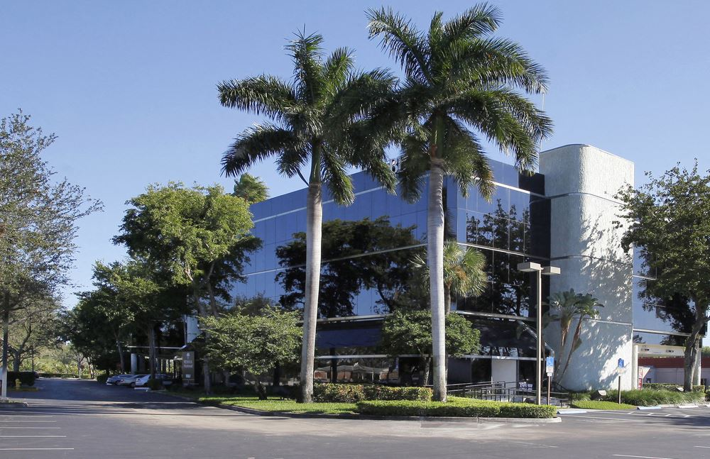 Plantation Corporate Center