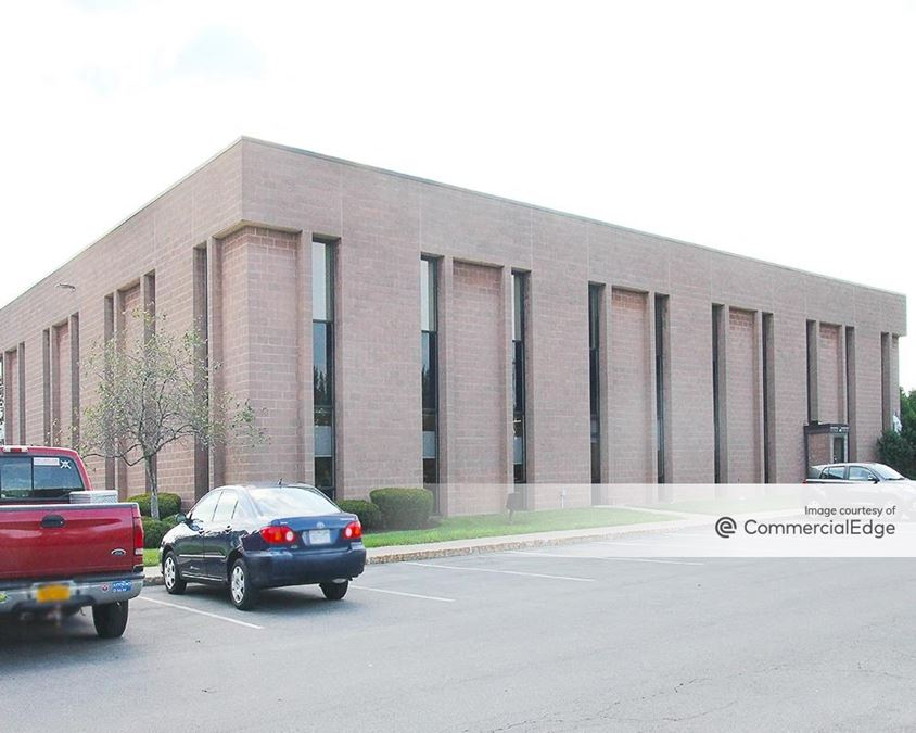 Widewaters Office Park - 5794 Widewaters Pkwy