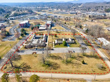 Oak Ridge Office Campus - Oak Ridge