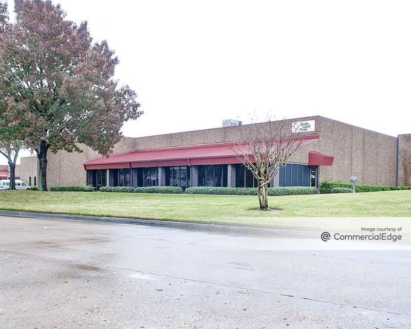 Brookhollow West Business Park - 9777 West Gulf Bank Road