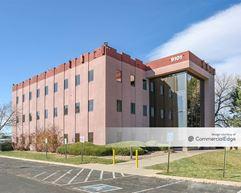 Pearl Professional Building - Thornton