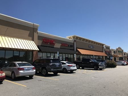 Airport Plaza - Fayetteville