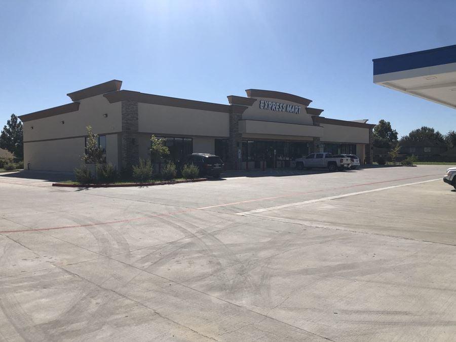 Sugar Land C-Store Anchored Retail Space