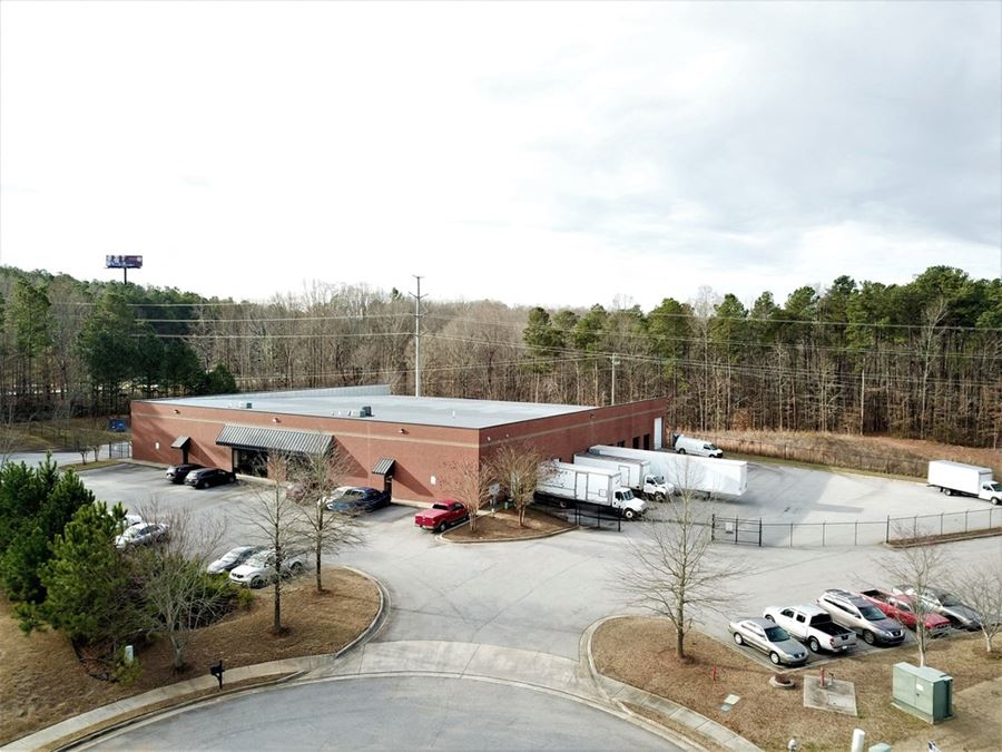 Distribution Warehouse/Office | 24,129 SF