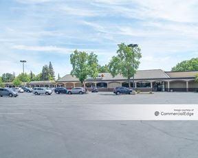 Glenbrook Shopping Center - Sacramento