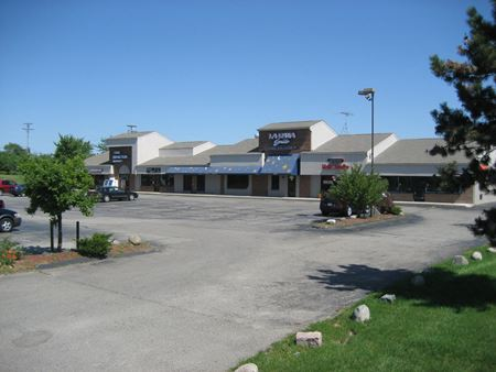 Benstein Plaza - Commerce