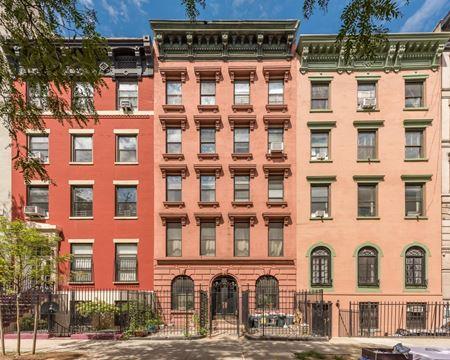 47 Saint Marks Place - New York