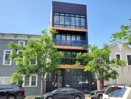 Prime Street Retail / Office Space in East Pilsen - Chicago