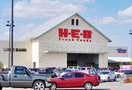 HEB Taylor Shopping Center - Taylor