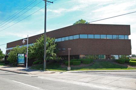 24055 Jefferson Avenue - St. Clair Shores