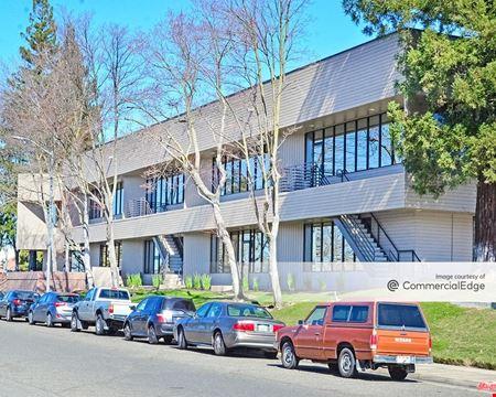1111 Howe Avenue & 1010 Hurley Way - Sacramento