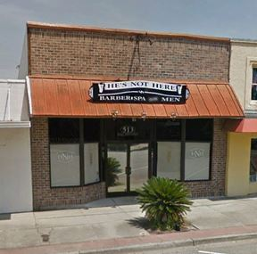 Broadway Former Salon & Spa/Retail Building - Opportunity Zone