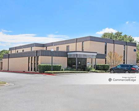 Twelve Oaks Professional Center - Austin