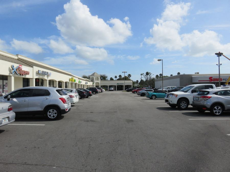 Shoppes of Holly Hill